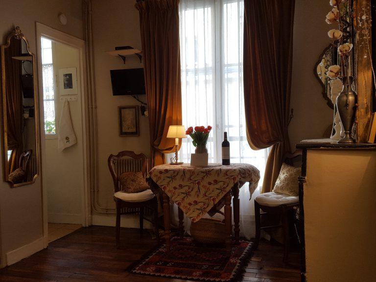 MY LITTLE HOME IN PARIS 10