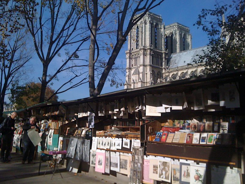 Booksellers Notre-Dame