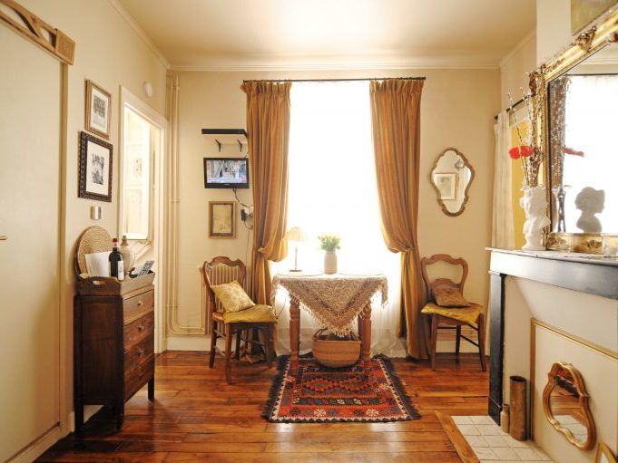 MY LITTLE HOME IN PARIS 13